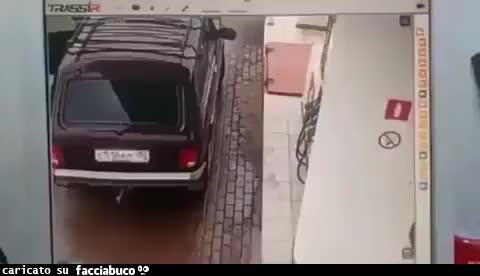 Fare benzina